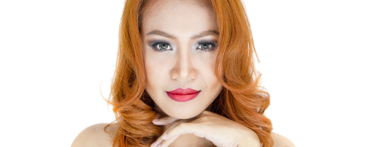 Fancy and flattering copper hair color in a perfect elegant